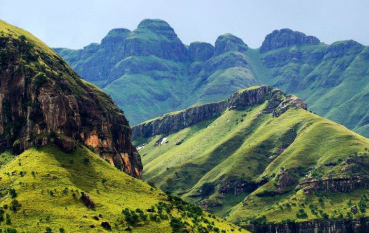 view mountains landscapes drakensberg 850x501