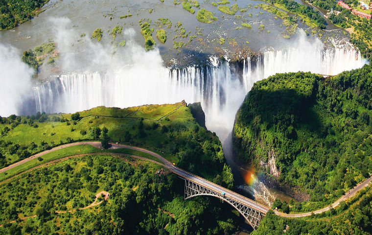 2015 Africa Zimbabwe Victoria Falls Extension AK hero Copie